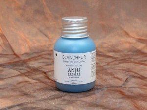 Anju Beauté Blancheur Shampoo 50 ml 1 300x225 - Anju-Beauté, Blancheur Shampoo,50 ml