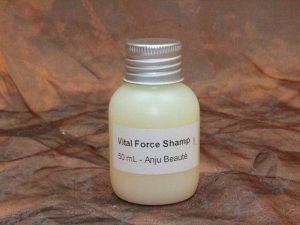 Anju Beauté Vital Force Shampoo 50 ml 1 300x225 - Anju-Beauté, Vital Force Shampoo, 50 ml