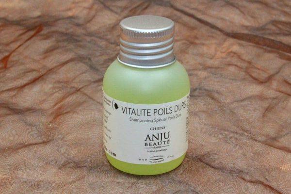 Anju Beauté Vitalité Poils Durs Shampoo 50 ml 1 600x400 - Anju-Beauté, Vitalité Poils Durs Shampoo, 50 ml