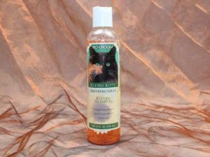 Bio Groom Kuddly Kitten Shampoo 236 ml 2 300x225 - Bio-Groom, Kuddly Kitten Shampoo, 236 ml