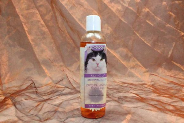 Bio Groom Silky Cat Shampoo 236 ml 2 600x400 - Bio-Groom, Silky Cat Shampoo, 236 ml