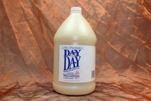 Chris Christensen Day By Day Shampoo 3800 ml 2 600x400 - Chris Christensen, Day By Day Shampoo, 3800 ml