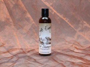 Eye Envy Pet Shampoo 118 ml 4 300x225 - Eye-Envy, Pet Shampoo,118 ml