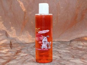 TLC Strawberry Shampoo 200 ml 2 300x225 - TLC, Strawberry Shampoo, 200 ml
